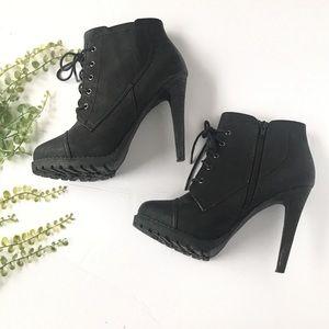 EUC Aldo booties heeled black lace up boots